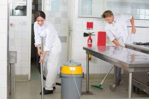 quy trình vệ sinh bếp ăn công nghiệp